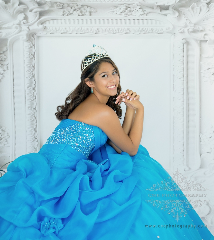 Sesion de fotos Estilo Revista ~ Fashion Magazine Quinceañera Photoshot by CNE photography