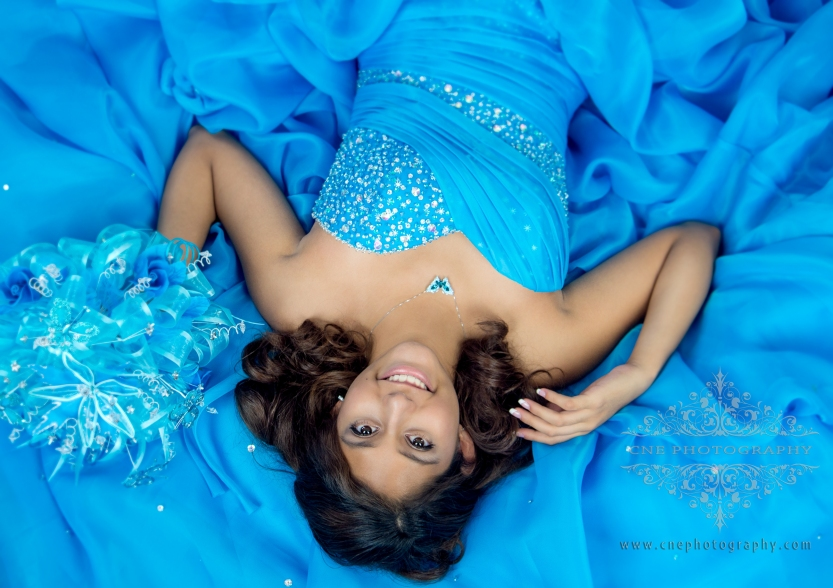 Sesion de fotos Estilo Revista ~ Fashion Magazine Quinceañera Photoshot by CNE photography