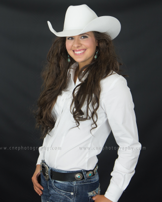 Miss HS rodeo pageant contestant